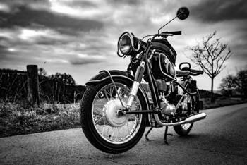 Naprawa motocykli – w serwisie dealera czy poza nim?